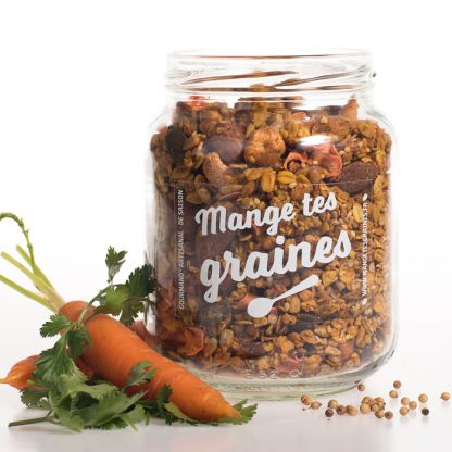 Bocal de granola salé carotte et coriandre